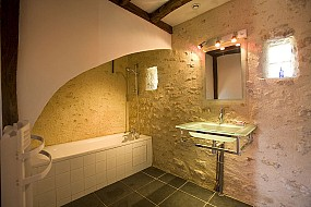 salle de bain petite richardiere gites maine et loire